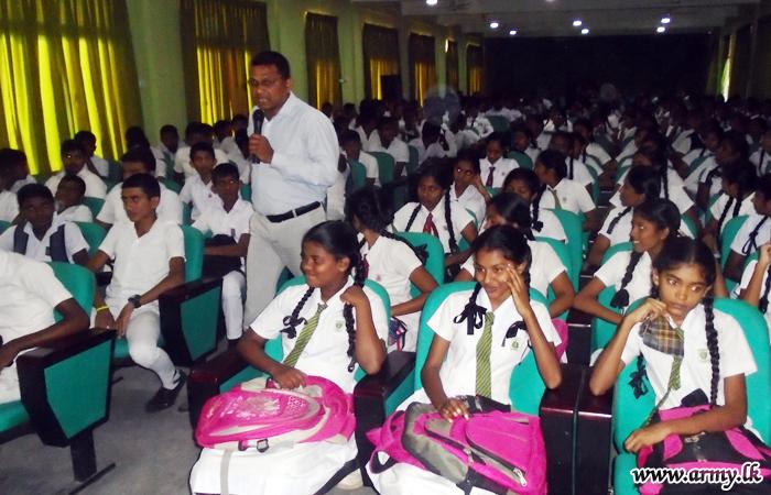 22 Division Facilitates Conduct of G.C.E. (O/L) Seminar in Trincomalee
