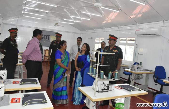 ஆடைத் தொழிற்சாலை பயிற்சி நிலையம் முல்லைத்தீவு பிரதேசத்தில்