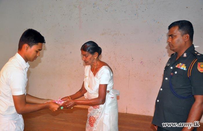 Hasalaka Gamini Kularathne's School Honours Its War Hero Awarding Schols