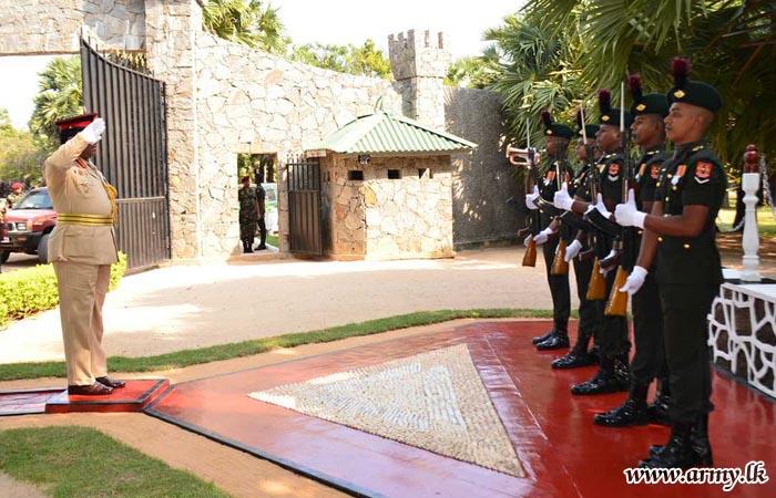 Jaffna Commander Makes His Formal Visit to 55 Div