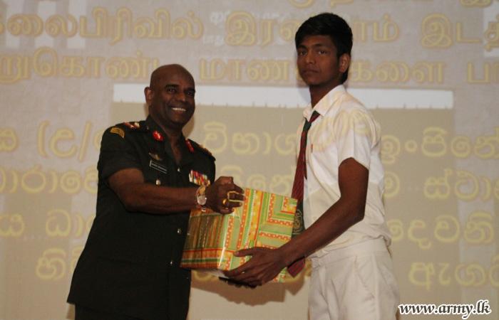 SFHQ-Jaffna Motivates O/L & A/L Achievers Offering Incentives