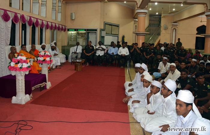 வன்னி இராணுவத்தினரது ஒத்துழைப்புடன் இடம்பெற்ற இப்தார் நிகழ்வு