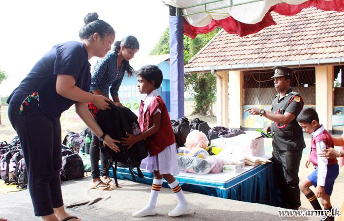 571 Brigade Gets Down Canadian Youths to Help Kilinochchi Students