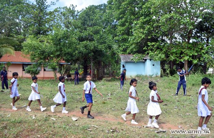 They Clean Ambalpuram Tamil School