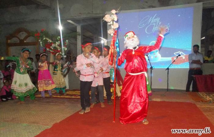 Thunukkai Filled with Christmas Spirits