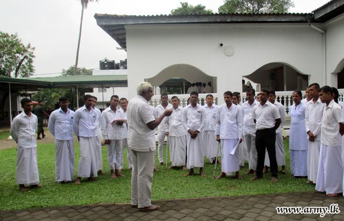 Australia-based Spiritual Practitioner Conducts Meditation