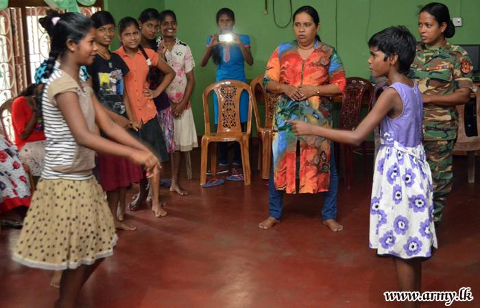Women's Corps Ladies Conduct Workshop on Aesthetics for Children in Nallur