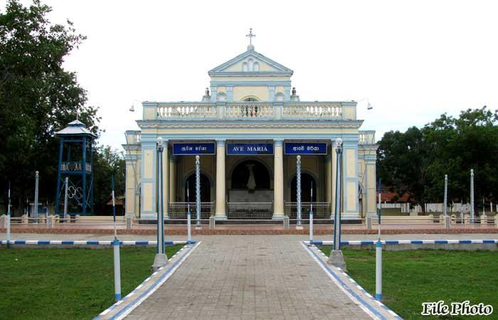 Troops Rise to Emergency Needs Around Madu Shrine Area