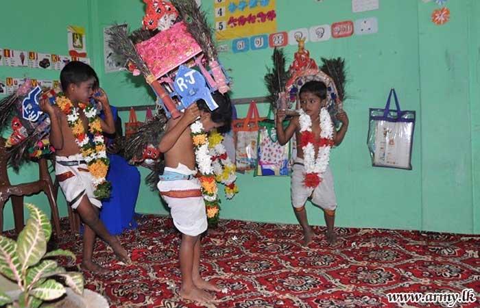 நாகேந்திரம் புர பாடசாலை சிறார்களுக்கான பாடசாலை உபகரணங்கள் பகிர்ந்தளிப்பு