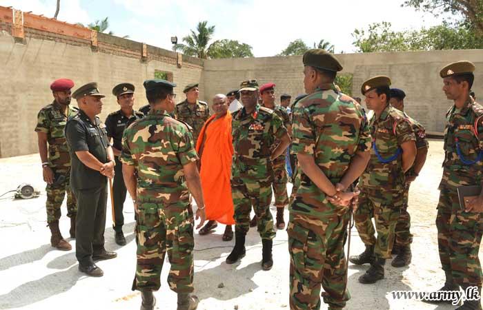 Commander Reviews Army's Contribution to National Vesak Festival in Bingiriya