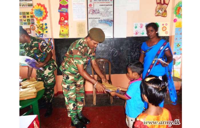 64 Div Troops Distribute School Accessories among Pre-School Kids