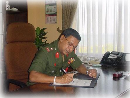 LT. GEN SHANTHA KOTTEGODA, NEW COMMANDER OF THE SRI LANKA ARMY